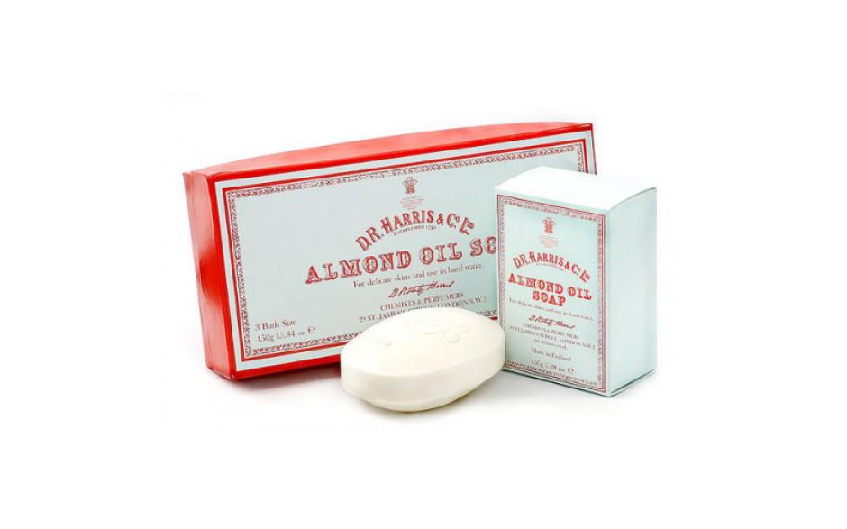 D.R. Harris Savon pour le bain à l'huile d'amande – Boite de 3 x 150 gr